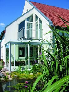 Zum Beispiel für Terrassen und Balkone bietet Neher Multiraum funktionelle Systemlösungen