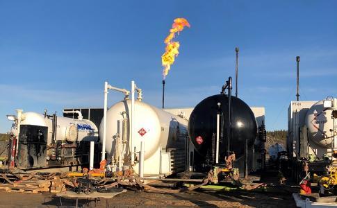 Gasverbrennung während erster Produktionstests; Foto: Calima Energy