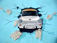Berlin Domains zu 30 Jahren Berliner Mauerfall