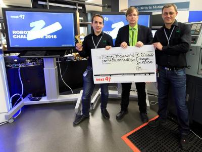 The team at pi4_robotics enjoyed receipt on December 21, 2016 of more than 20,000 Euro with the award recognizing the automation solution that it developed for the Siemens next47 Robotics Challenge.