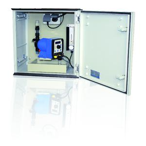 Compact sera dosing cabinet for inside and outdoor installation