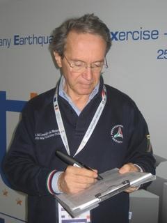 Das italienische Amt für Zivilschutz setzt zur schnellen und effizienten Datenerfassung bei Erdbeben und anderen Naturkatastrophen auf die Digital Pen & Paper-Technologie von Anoto
