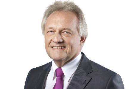Robert Ebner, COMPAREX Corporate Vice President