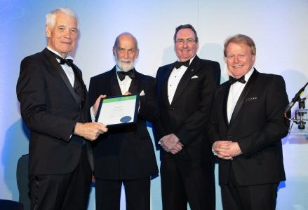 Rolf Lucas-Nülle is honorable fellow of the IMI