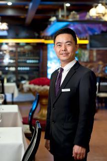 Herr Liu, portugiesisches Restaurant St. Louis in Xi`an, China