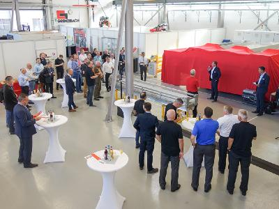 Renato Luck, CEO der Grenzebach Gruppe, begrüßte die Teilnehmer der Coating Competence Days