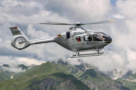 EC135T3 in flight, © Copyright Charles ABARR – 2014