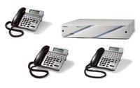 Das PBC Starter-Kit enthält den IP Communication Server SOPHO 2000 IPS in 19-Zoll-Ausführung sowie fünf Endgeräte der Dterm-Serie. Im Bild: SOPHO Dterm 8D, 16D und 32D.