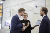 Service live – Technologien für Services – Das Ausstellerforum bietet einen Überblick über Neuentwicklungen aus namhaften Unternehmen. [© mika-photography.com]