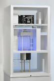 Das Ecotron erstreckt sich über drei Stockwerke, von den klimatisierten Erd-Containern über die Klimakammer bis zum Technik- und Kontrollbereich