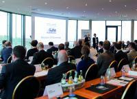 Auf der Pressekonferenz im Rahmen der 6. Fachpressetage Hamburg von Köhler + Partner präsentierten acht Unternehmen aus der Industrie den Fachmedien der Branche ihre technischen Neuheiten