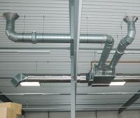 Die Einbindung der SolarLuft-Wärme erfolgt über die Umluftansaugung der Hallenluftheizung / Bild: LK-Metall