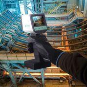 Tragbare Pyrometer PYROSPOT Serie 80 portable zur kurzwelligen berührungslosen Temperaturmessung von 200 °C bis 2500 °C mit Videomodul und TFT-Farbmonitor