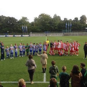 """""""Du bist smart - Du bist am Ball!"""" mit Hertha BSC und dem 1. FC Union gegen Rassismus und Gewalt"""