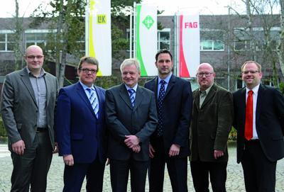 Are looking forward to the research cooperation (from left to right): Christian Vanek, Institute of Process Technology, Process Automation and Measuring Technology (IPM) at the University of Applied Sciences Zittau/Görlitz, Dirk Spindler, Senior Vice President R&D Schaeffler Industrial and Member of the Management Board Schaeffler Industrial, Prof.