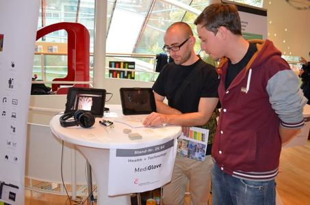 "Zukunftspreis Kommunikation 2014 - Projekt ""MediGlove"""