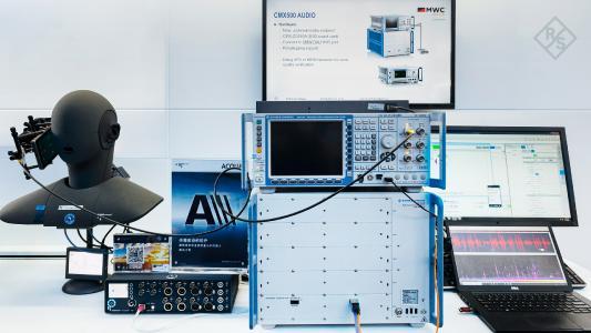 Testlösung für den 5G-Sprachdienst VoNR gezeigt auf dem MWC Shanghai / Bild: Rohde & Schwarz