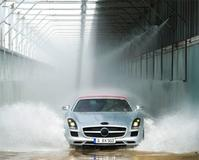 The world's first at Mercedes-Benz in Bremen: RFID detects leaks in cars!