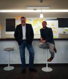 (v.l.n.r.) Christoph Harvey und Markus Gärtner wollen Deskcenter mit frischer Unternehmenskultur vorantreiben.