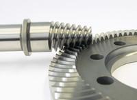 3.) Innovative Verzahnungstechnik der WITTENSTEIN bastian GmbH: ein geschliffener Kegelradsatz
