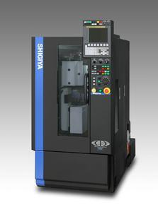 TECNO.team zeigt die neueste Präzisions-Rundschleifmaschine des japanischen Herstellers Shigiya und präsentiert flexible Automatisierungslösungen