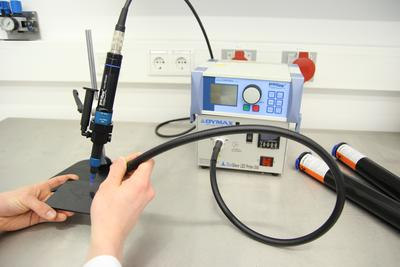 Dosage tests with UV-curing adhesives