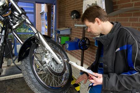 Tuning Formel für die Reifen: Herstellerangabe und Eintragung in die Papiere müssen passen