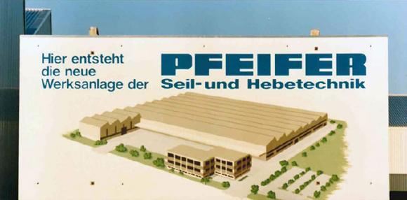 Am 18. November 1988 wurde das neue Werksgelände in der Dr.-Karl-Lenz-Straße offiziell eingeweiht. Die Bauarbeiten starteten 1987
