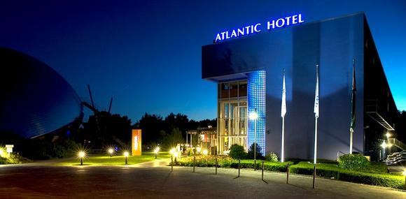 Atlantic Aussen, Hotel Universum