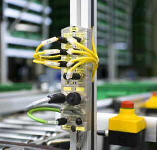 MVK Metall Safety von Murrelektronik im Einsatz in einer Logistik-Applikation