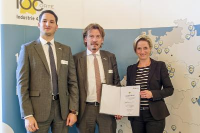Rhenus Freight Industry Solutions receives an award for its innovative Industry 4.0 solution