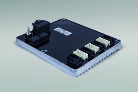 """Erste intelligente Zentralelektrik"""" Cube """" aus der Partnerschaft der Firmen ERNI und STW"""