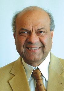 IPS GmbH – Geschäftsführer: Herr Subhash Chopra