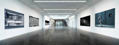 """Blicke in die Ausstellungsinstallation """"Beyond the horizon"""" in der WITTENSTEIN Innovationsfabrik (Bildquelle: Michael Najjar)"""