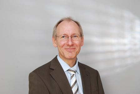 Ditmar Tybussek, Geschäftsführer von INTRAPREND