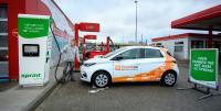 Die Partner DPD Deutschland, ONO, Swobbee und Sprint haben ein modernes Mobility-Hub in Betrieb genommen. Der Standort dient ab sofort als Mikrodepot mit insgesamt sechs Lastenrädern und verfügt zudem über eine 75KW-Hochleistungsladesäule und eine Swobbee Station für Wechselakkus / Copyright: DPD