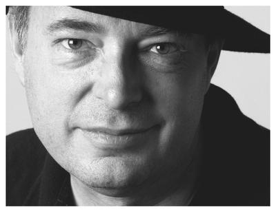 """Jean C. Becker, Autor der Sophos Krimis """"Auf Sieg programmiert"""" (2009) und """"Spam aus dem achten Stock"""" (2008)"""