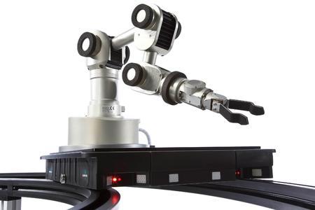 Jüngste Servus Innovation: Intelligenter Transportroboter mit aufgebauten Greifarmroboter Bildquelle: Dietmar Walser