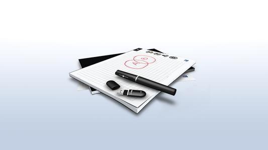 Oxford Papershow: Via Bluetooth überträgt der digitale Stift Kommentare, Zeichnungen oder Skizzen direkt in die Präsentation oder das elektronische Flipchart. Meetings werden damit lebhafter, interessanter und effizienter.
