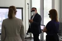 Digitalministerin, MdL Judith Gerlach und MdB Ronja Kemmer gemeinsam mit dem Experten für Virtual Reality Tobias Huiss (Solidpro GmbH)
