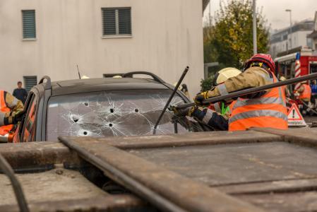 Mangelhafte Ladungssicherung kann fatale Folgen haben (Foto: Alexander/stock.adobe.com)