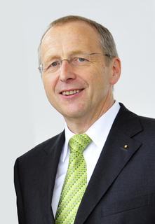 Johann Fuchsgruber, Geschäftsführer Messe Erfurt, ist als 2. Stellvertretender Vorsitzender der FKM bis 2013 wiedergewählt. Foto: Messe Erfurt GmbH