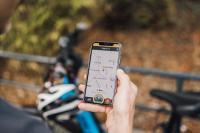 IT'S MY BIKE ist ein GPS-Tracker, der unsichtbar im E-Bike verbaut wird und der das Fahrrad mit dem Internet verbindet. Über eine App eröffnet sich den Nutzern eine umfassende Servicewelt rund um das vernetzte Bike.