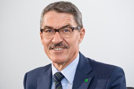 Alfred Weber, CEO von MANN+HUMMEL