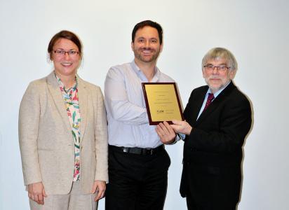Mrs. Lerche-Merchant (COO LUM GmbH), Mr. Filho (Best Distributor 2019, AUTEC, Brazil), Prof. Dr. Dr. Lerche (Managing Director LUM GmbH)