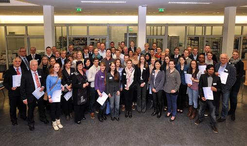71 Deutschland-Stipendiaten der Hochschule Bremen (Foto: Michael Bahlo)