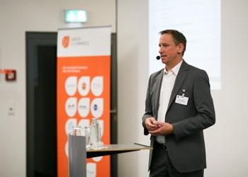 Spannender Vortrag von Oliver Frömmer