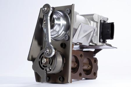 EGR valve in double-flow design for commercial vehicle engines