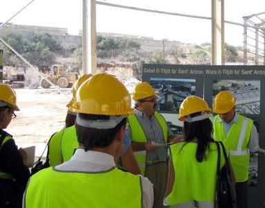 Am Freitag, 14. September 2007 besuchte der Maltesische Umweltminister George Pullicino die Großbaustelle der Mechanisch-biologischen Abfallbehandlungsanlage (MBA) auf der Insel