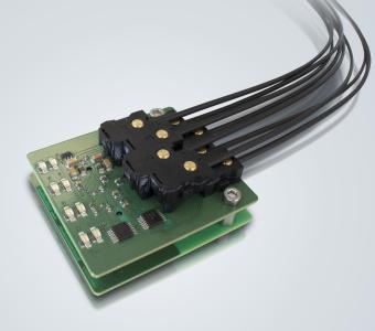 """Mit har-flex gelangt das Prinzip """"elektrisch stecken – optisch übertragen"""" bis auf die Leiterkarte ins Gerät"""